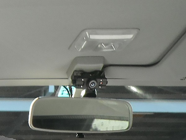 車内防犯カメラドライブレコーダ